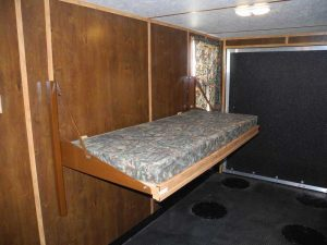 bed in mini toy hauler ice caste