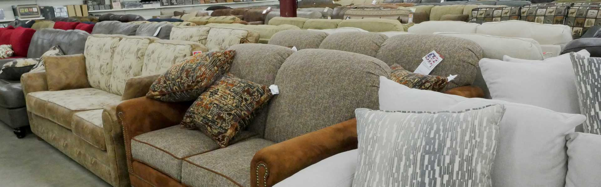 Couches at milaca unclaimed freight