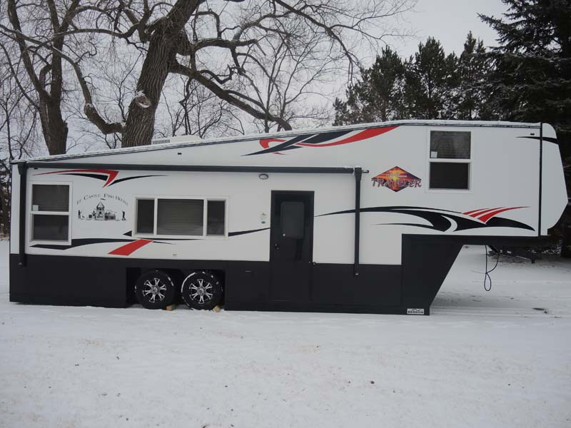 All season traveler rv 8 39 x 32 39 ice castle fish house for Fish house rv